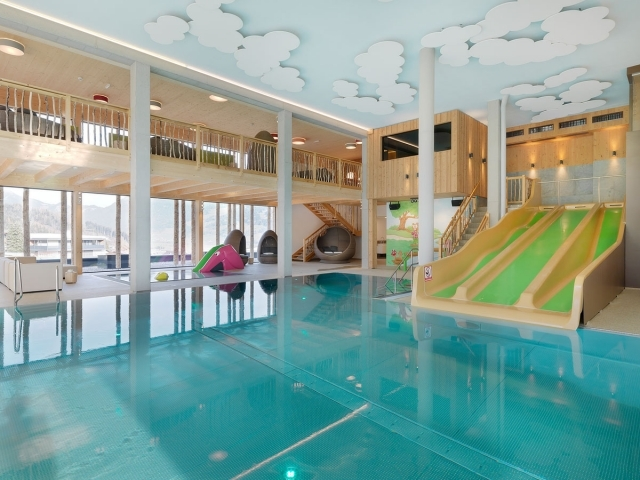 alpina zillertal - 1. Lifestyle- & Kinderhotel im Zillertal