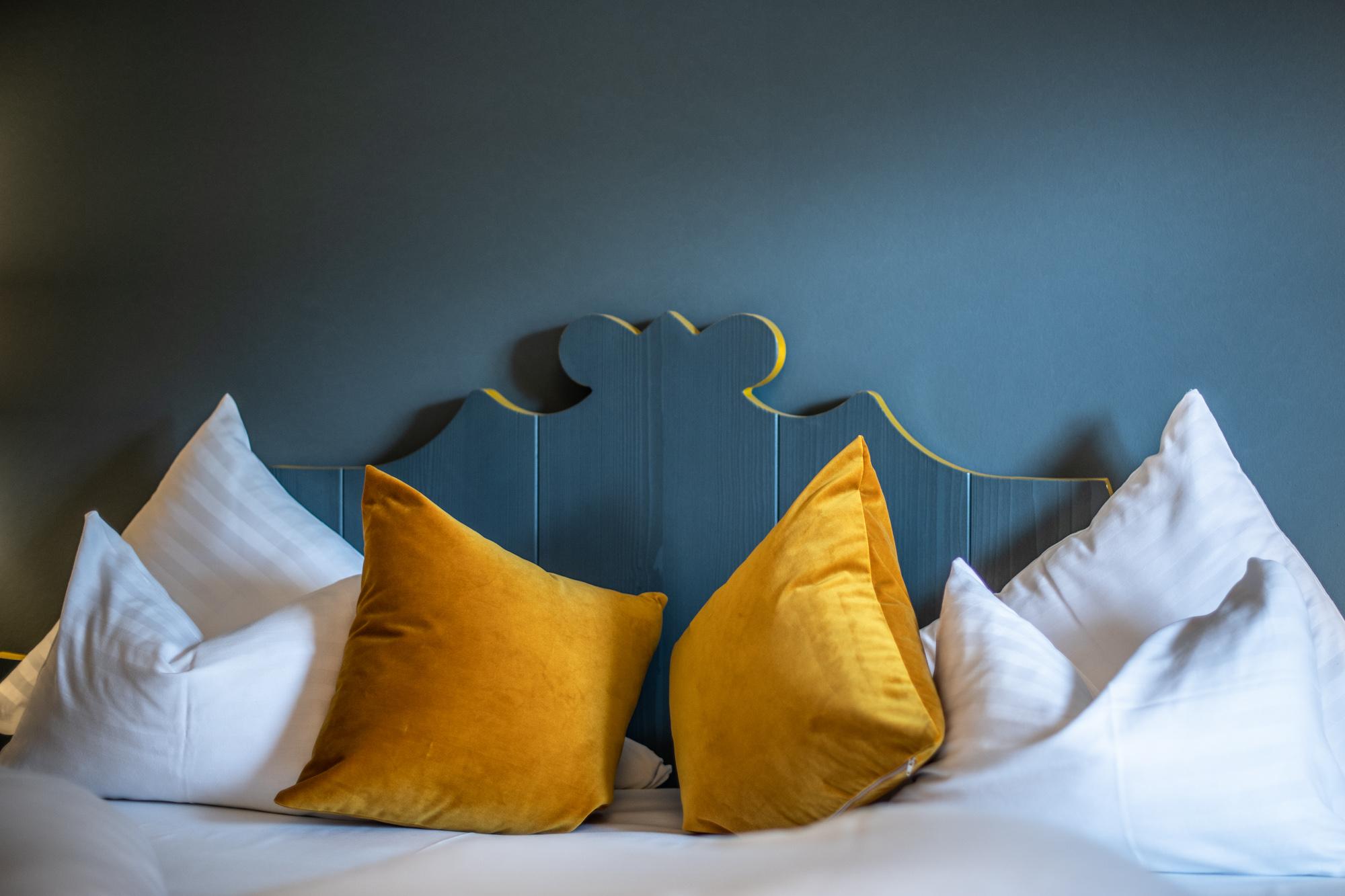Gemütliches Bett in der Suite